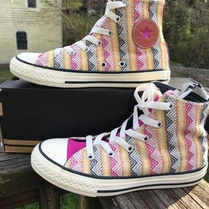 NWT Converse All Star Unisex kids